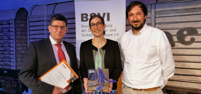 """Das Reallabor GO Karlsruhe gewinnt den Deutschen Ingenieurpreis Straße und Verkehr 2019 in der Kategorie """"Verkehr im Dialog"""""""